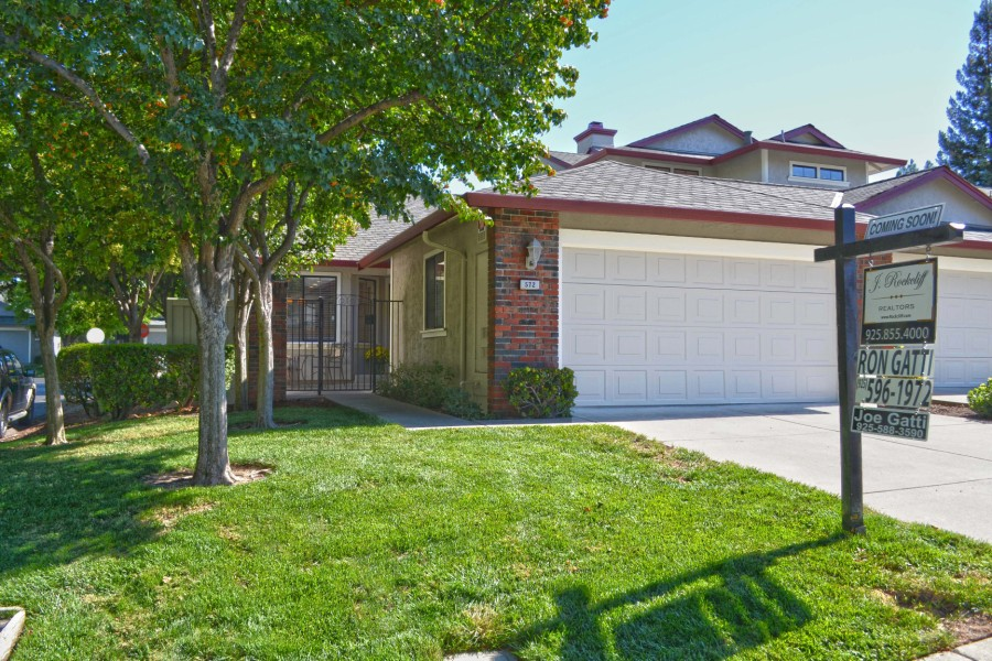Just listed from Ron and Joe Gatti: 572 Cabot Ct, Walnut Creek $564,500