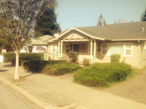 Sold: 432 Dutton St San Leandro, CA
