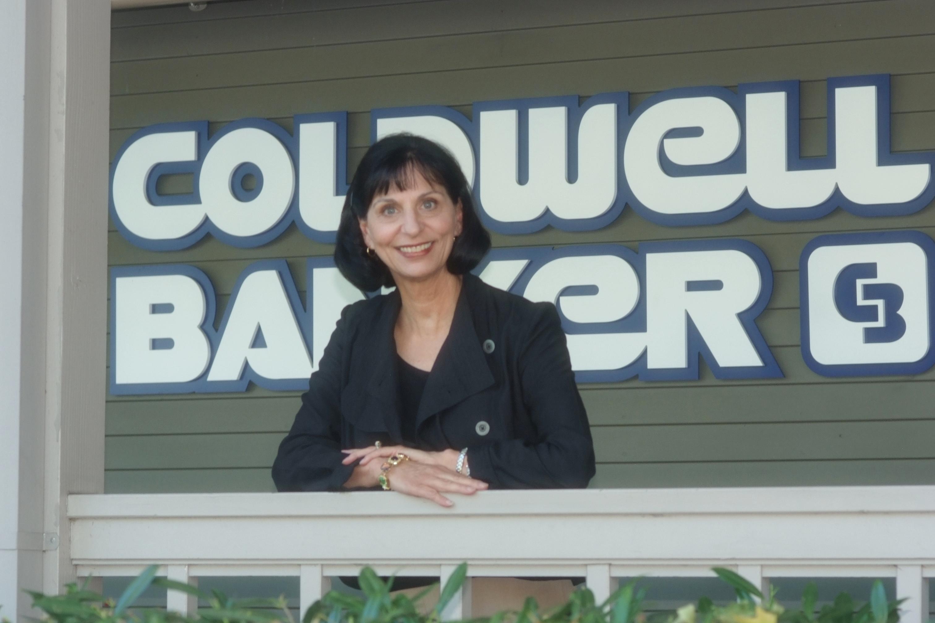 HomeFolio Media Welcomes Evelyn Walker